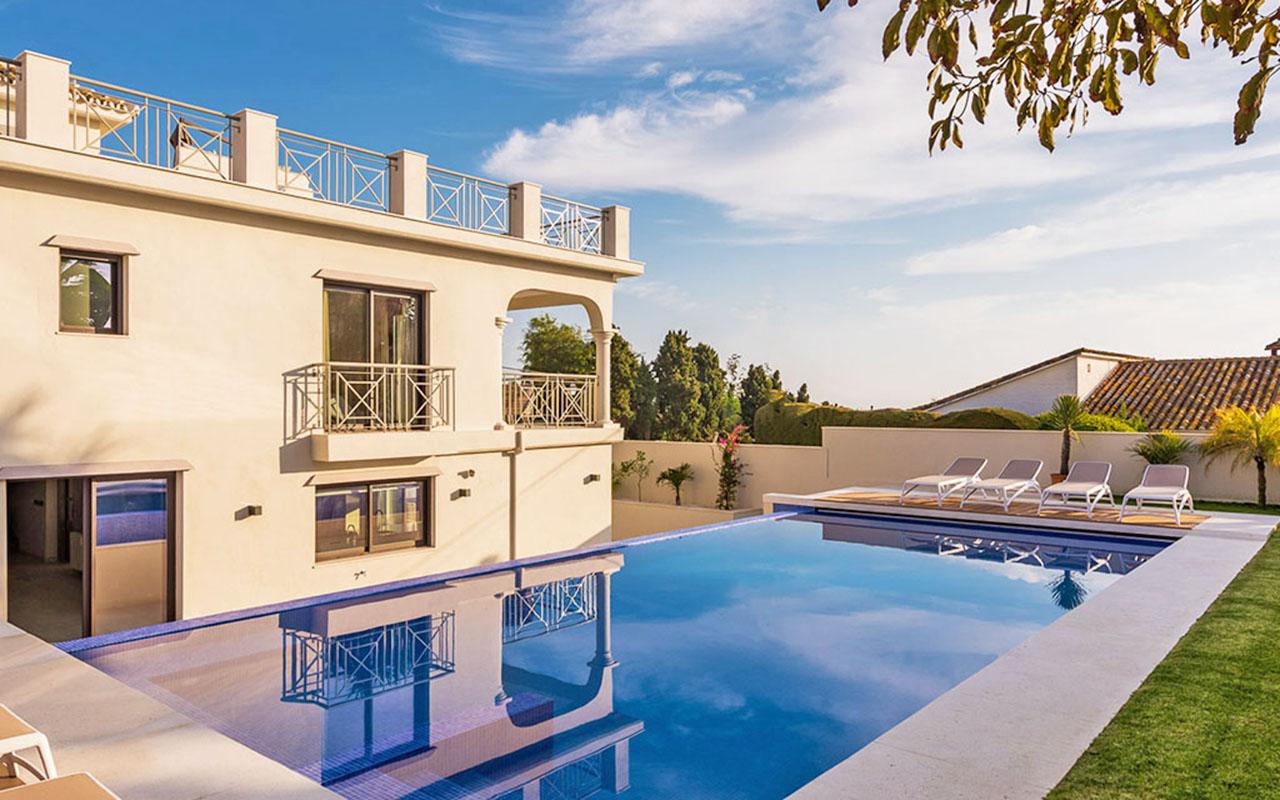 Reformed Spanish villa with infinity pool in Marbella, Costa del Sol