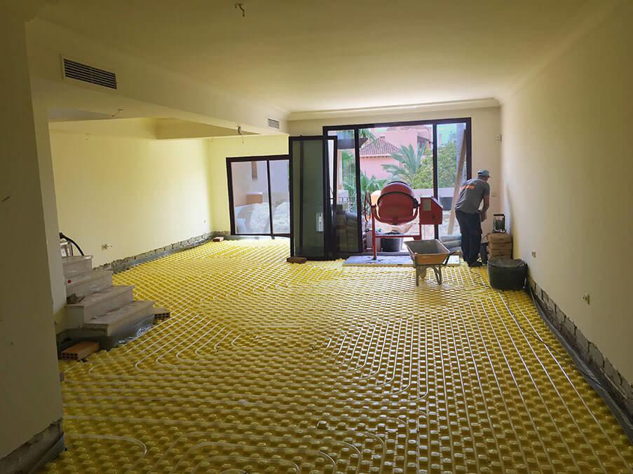 Installing underfloor heating