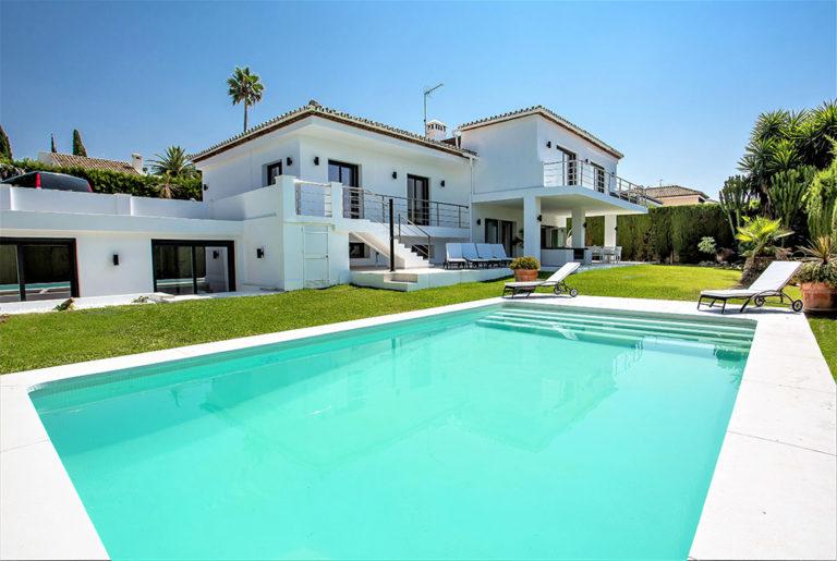 House pool grass correction 1000