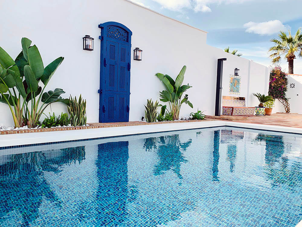 Outdoor Showers, Bathe Alfresco in Marbella