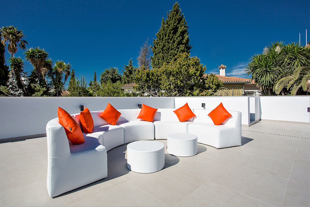 stylish rooftop round couch