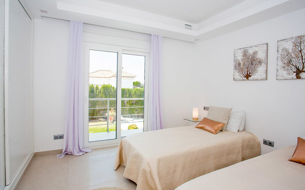 Stylish twin bedroom in Marbella, Costa del Sol