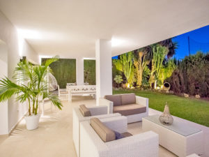 Beige and white outdoor living space Marbella