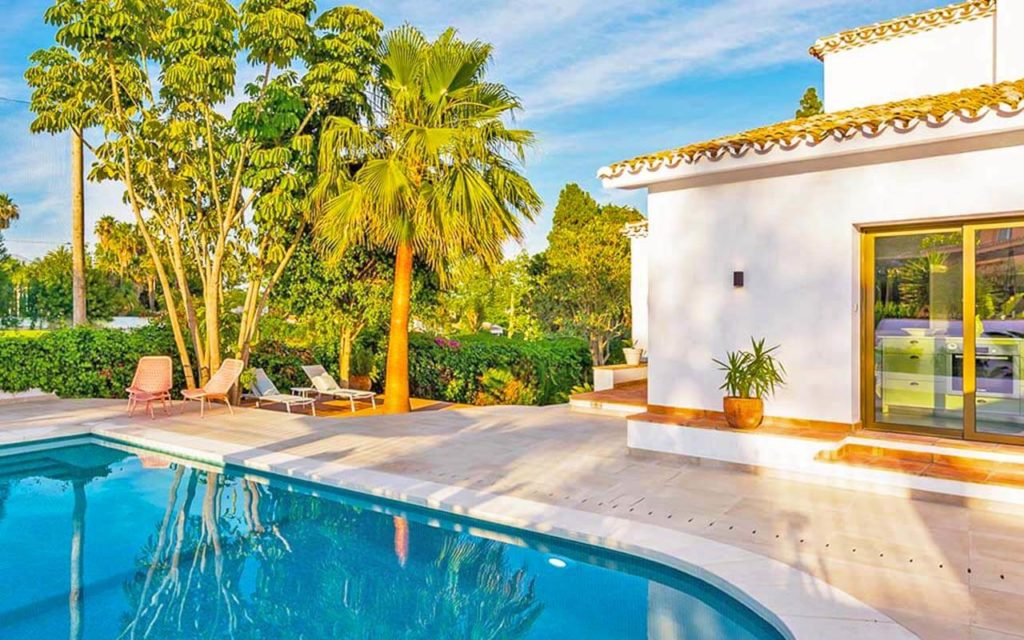 Charming Spanish pool off living area in Costa del Sol