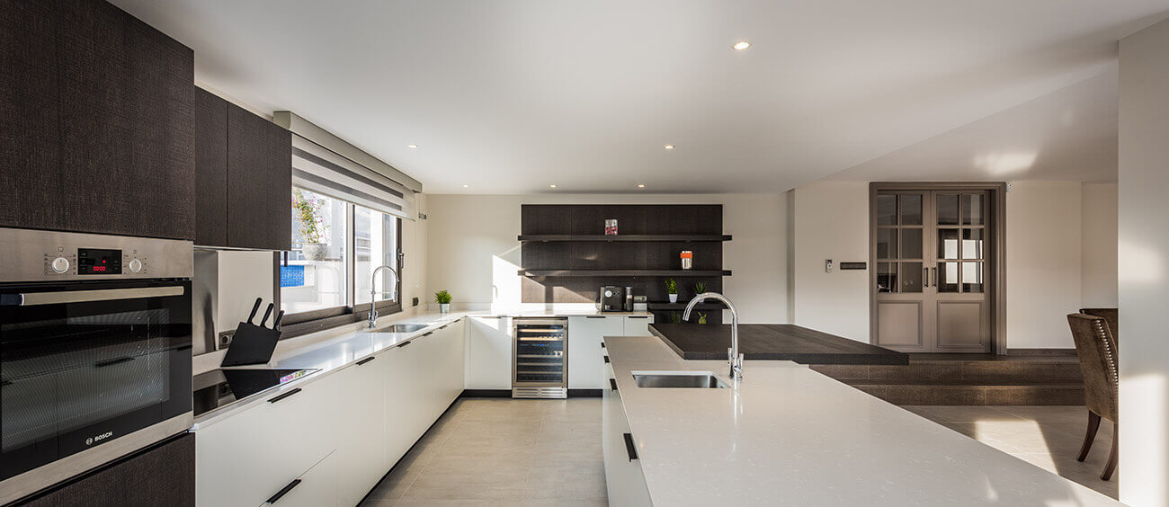 Bespoke modern kitchen designed and built by ProMas