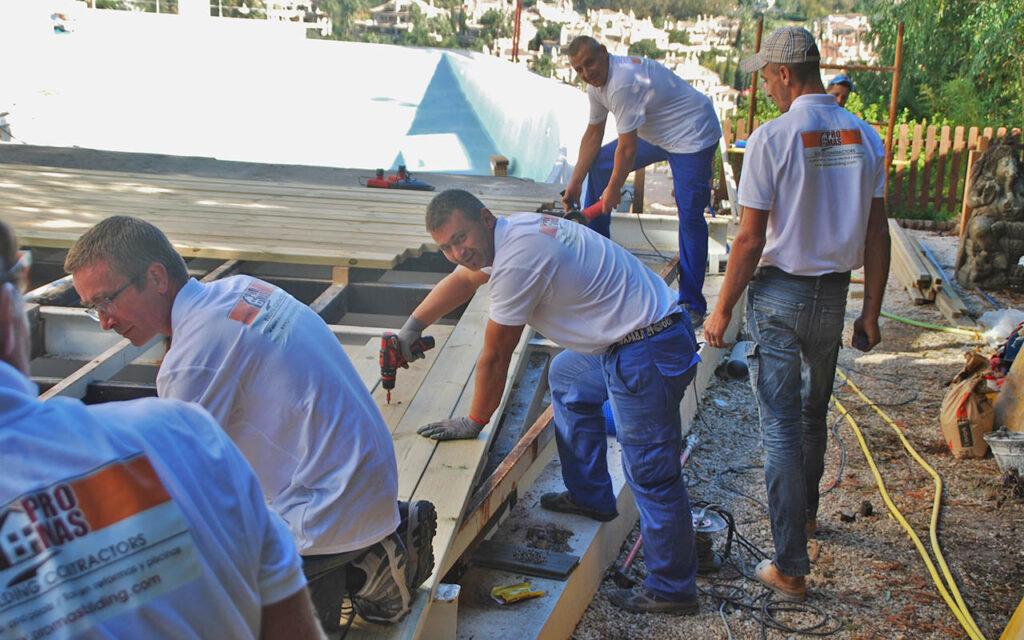ProMas Building team working