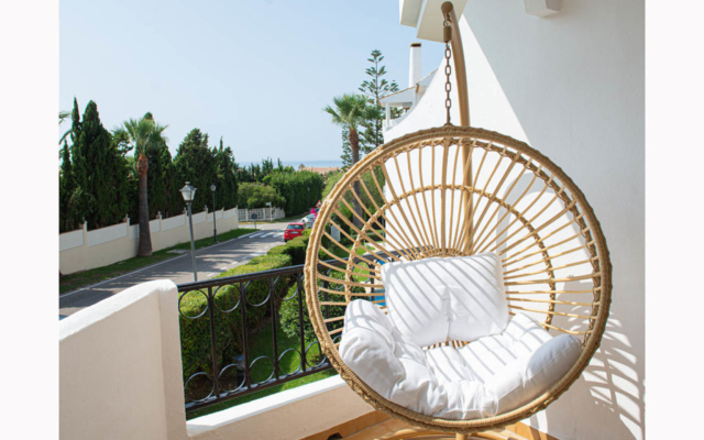 Refurbished balcony with swing chair in El Rosario, Marbella