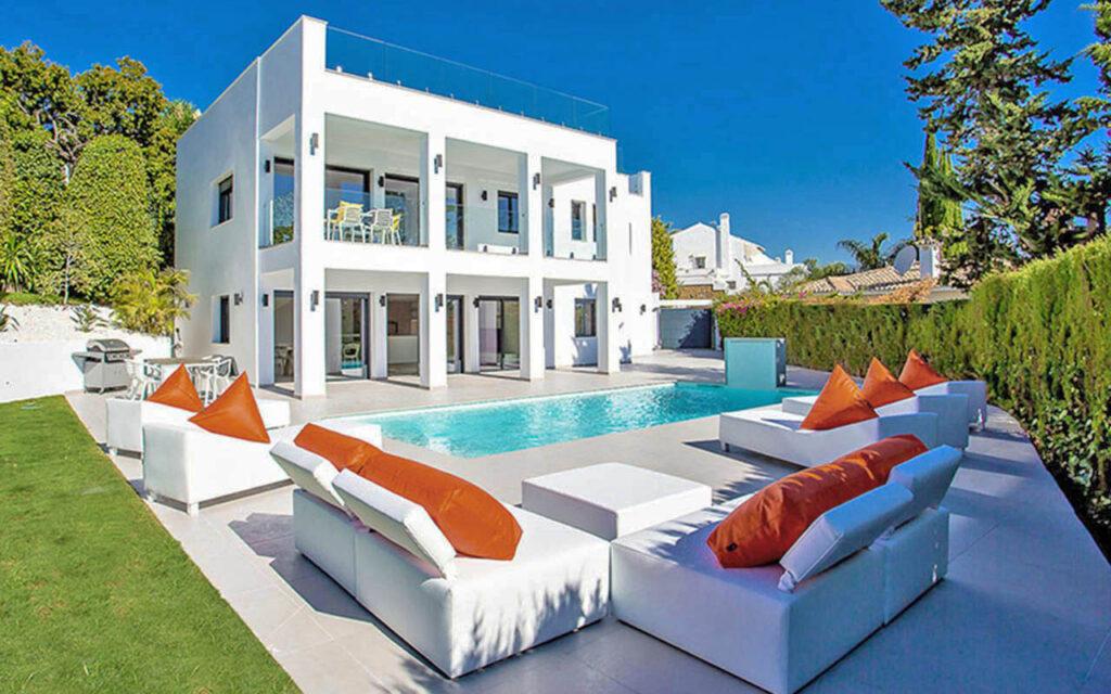 Stylish modern villa reform in Puerto Banus, Marbella