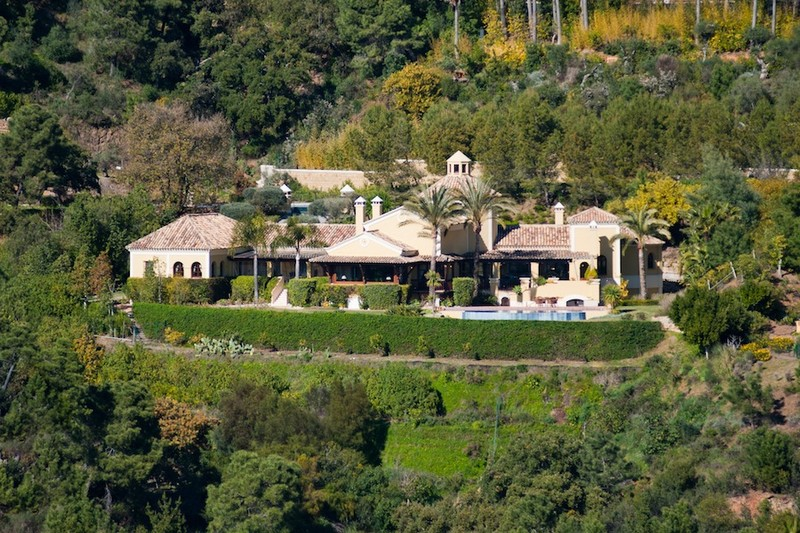Luxury secluded villa currently for sale in La Zagaleta